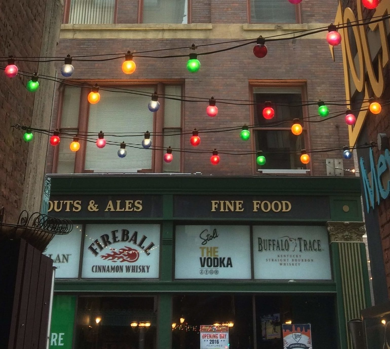 Public Houses (Pubs) and Irish Bars in Cleveland